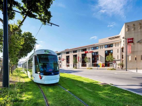 Ibis Avignon Center Pont de l'Europe hotel